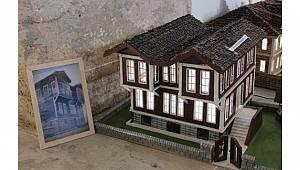 Tarihi Yapıların Ahşap Hali Dikkatleri Üzerine Çekti